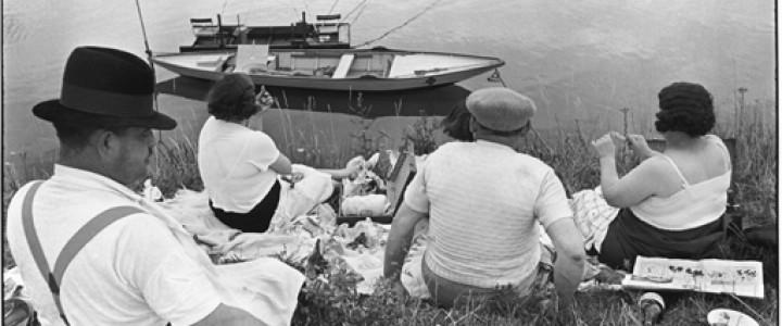 マルヌ川の土手、フランス 1938  アンリ・カルティエ=ブレッソン 何必館・京都現代美術館蔵