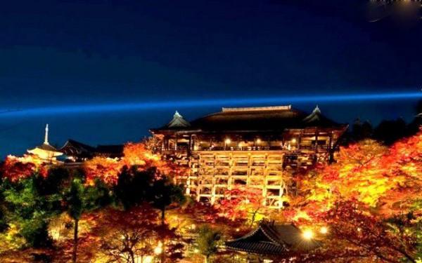 清水寺 秋の夜間特別拝観