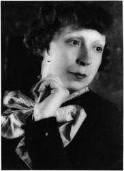 マリー・ローランサン 1928年 マン・レイ撮影