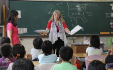 再び、小学校で英語を教えるのは止めよ、という話。