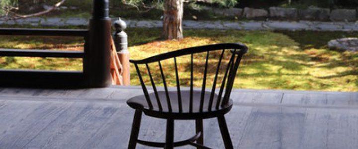 きょうと椅子 座って感じる木の椅子展