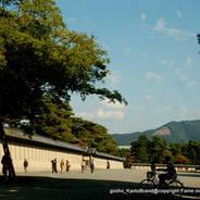 京都御所秋季一般公開   京都御所 築地塀